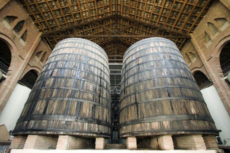 visit falset winery