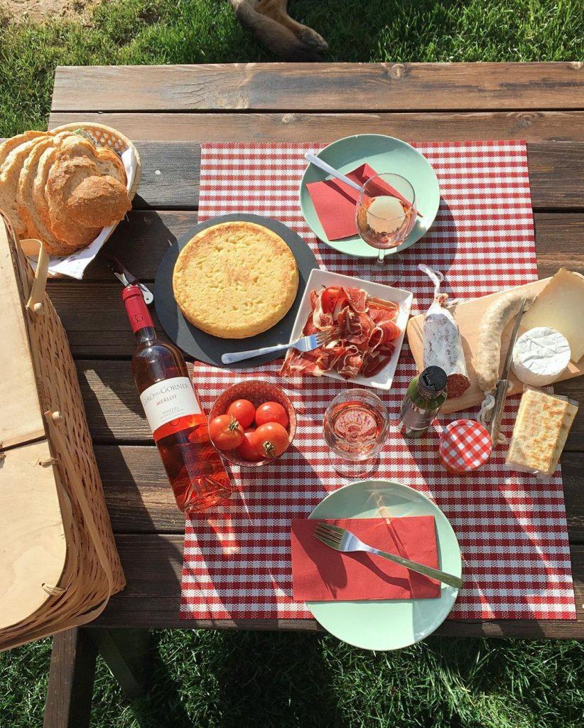 Un pícnic amb molt d'encant
